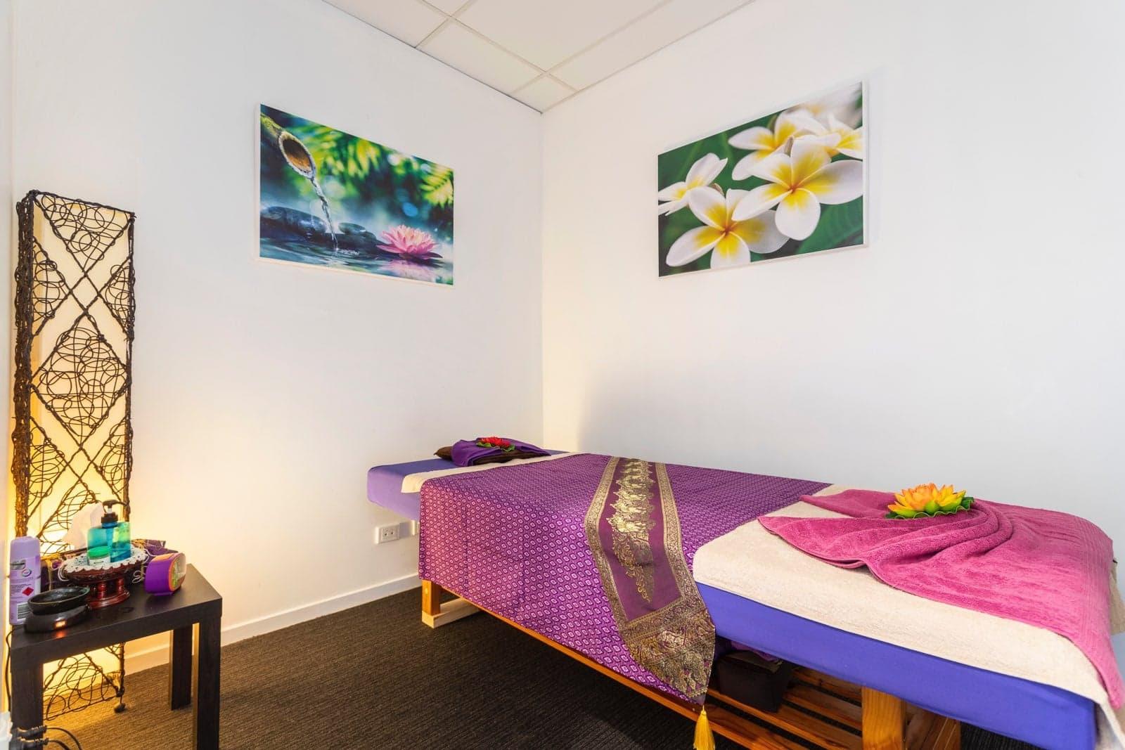 Brightwater-Thai-Massage-Office-4